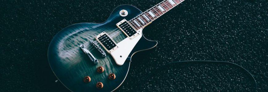 Spela på din hjältes gitarr